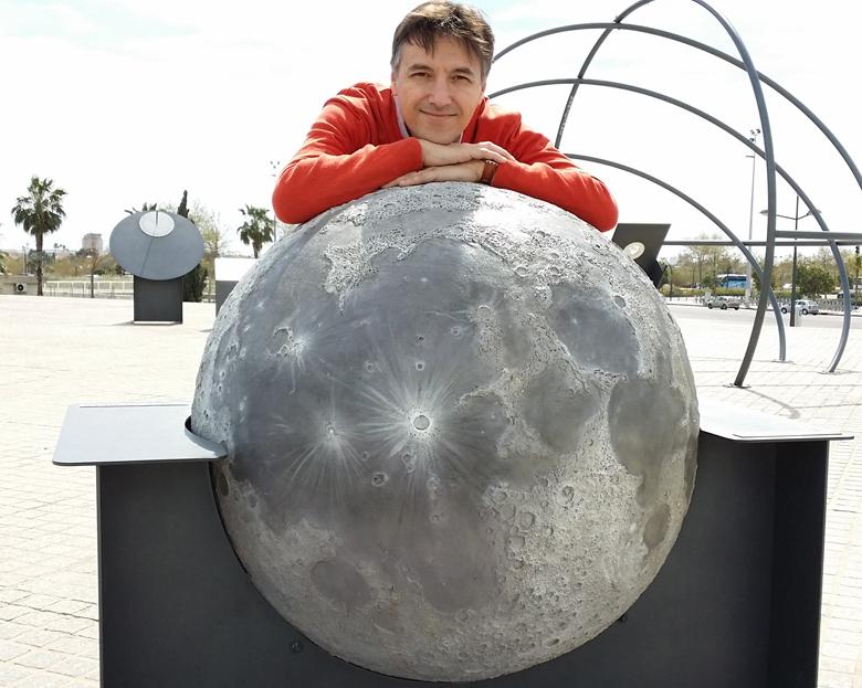 con-la-luna
